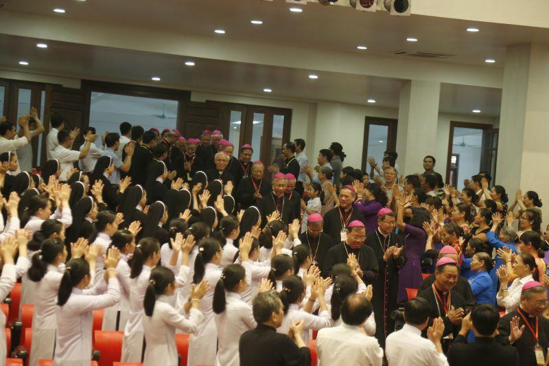 Giáo phận Thanh Hóa hân hoan chào đón Hội đồng Giám mục Việt Nam