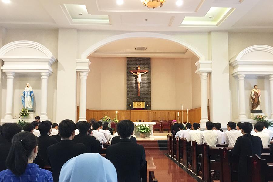 Giáo phận Thanh Hóa đón nhận TIN VUI trong tâm tình tạ ơn và cầu nguyện