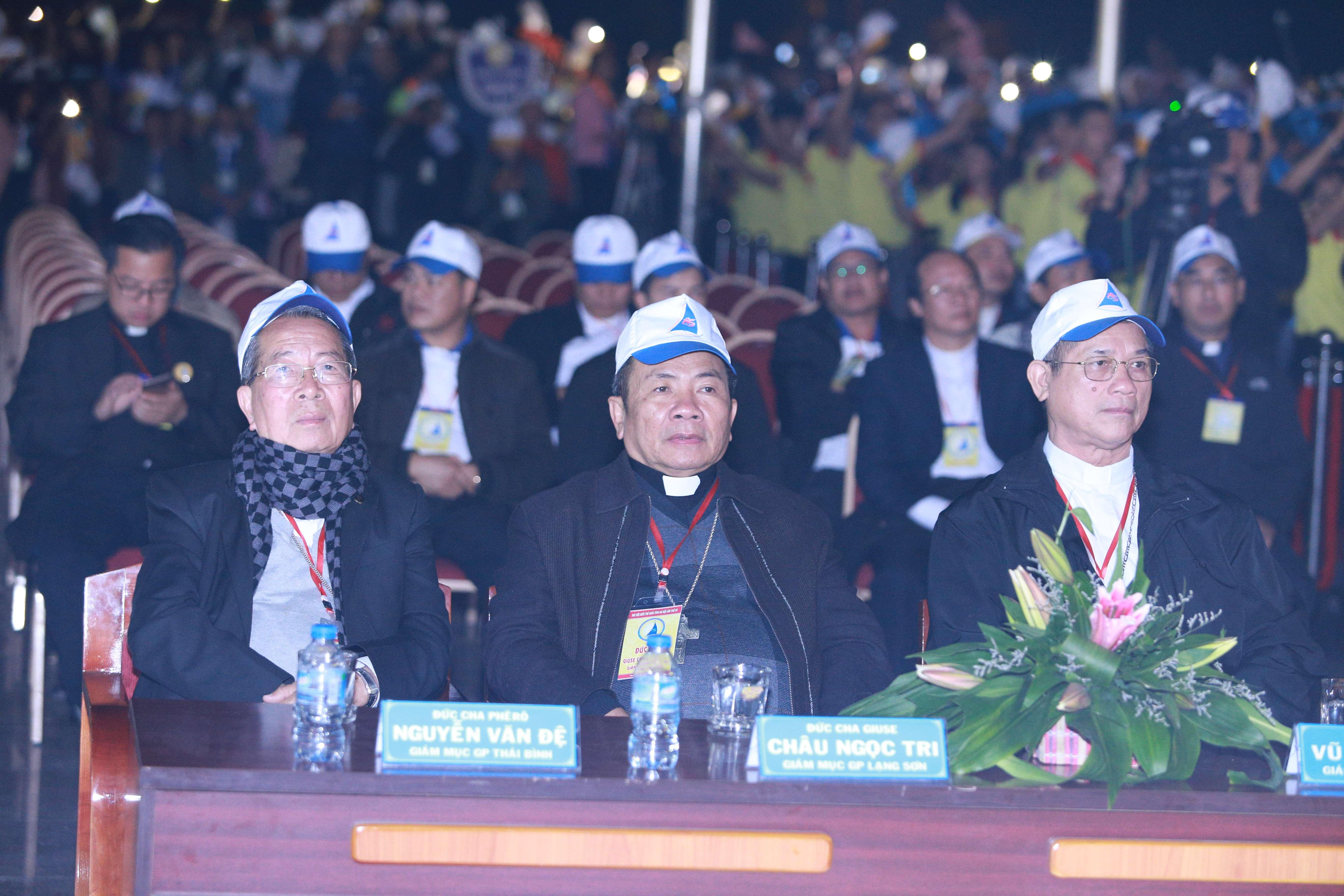 Đêm diễn nguyện Đại Hội giới trẻ giáo tỉnh Hà Nội lần thứ XV