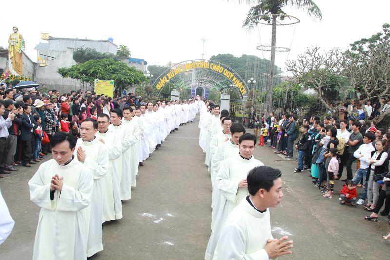 Gp Thanh Hóa: Mừng đại lễ thánh Giuse quan thầy giáo phận - Truyền chức Phó Tế